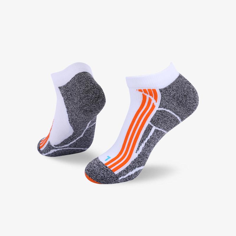 144N 白灰运动短袜