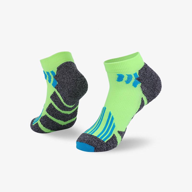 144N 灰绿运动短袜