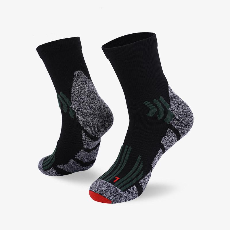 144N 黑灰色运动中袜