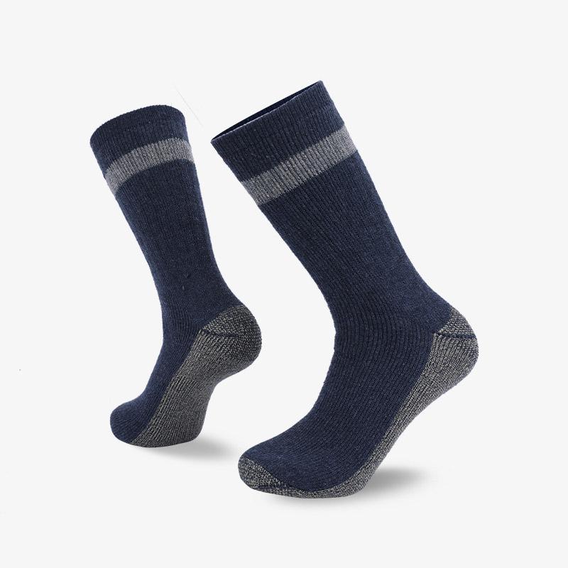 84N 深蓝色长筒登山袜